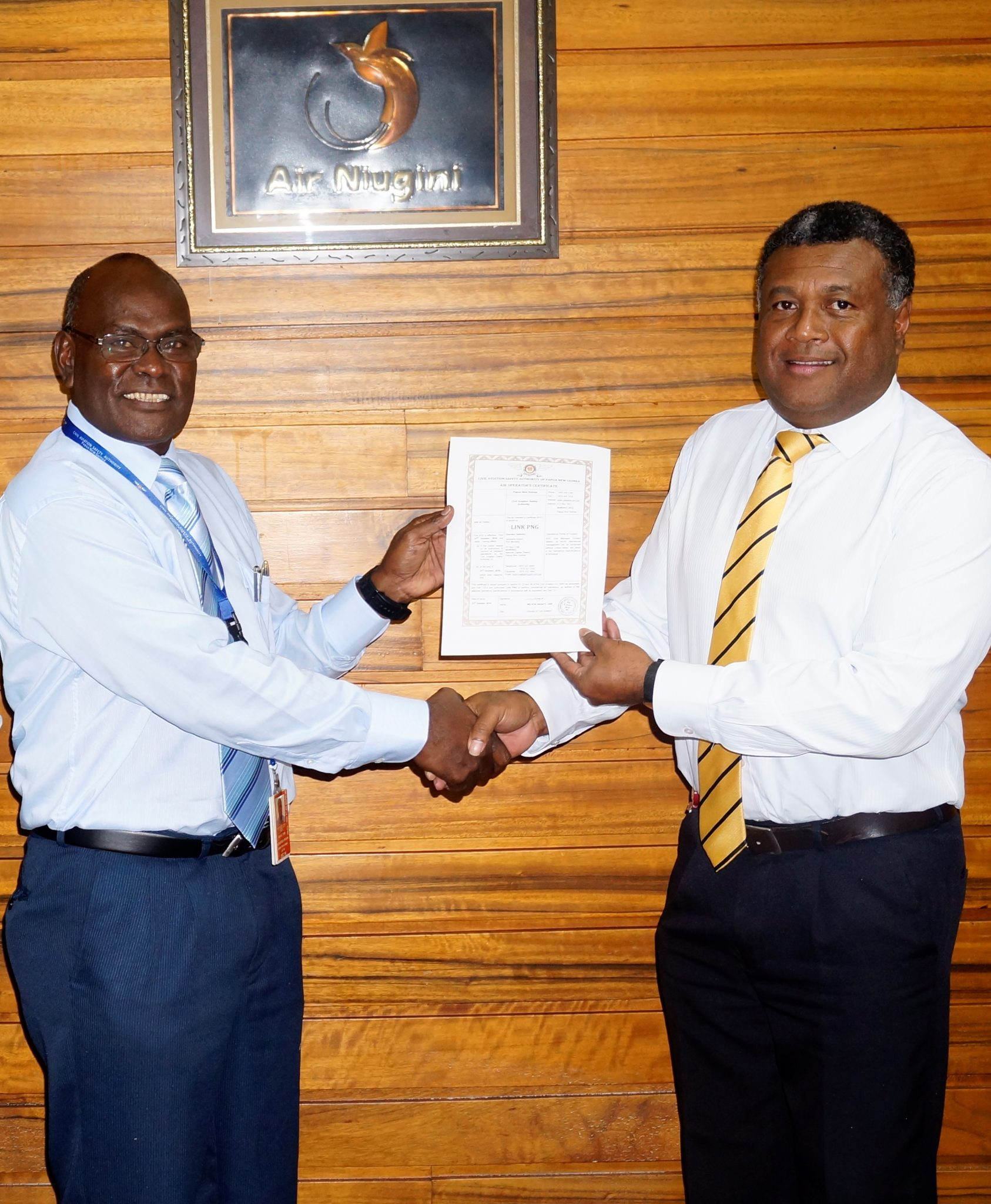 Link PNG presented with an Air Operator's Certificate