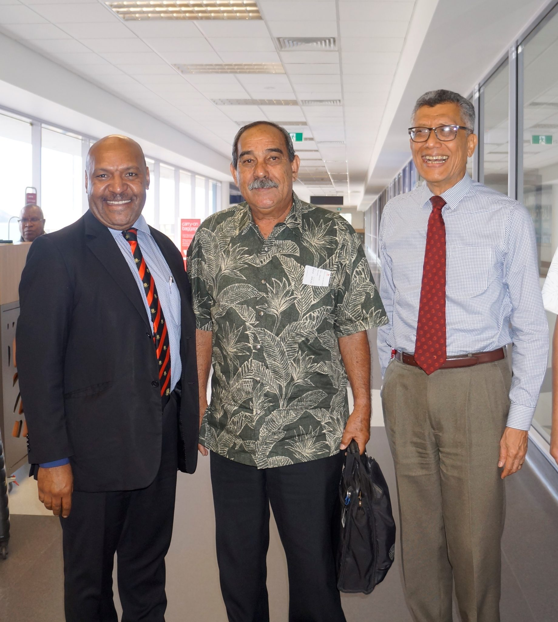 FSM President meets with Heads of Air Niugini & National Airports Corporation